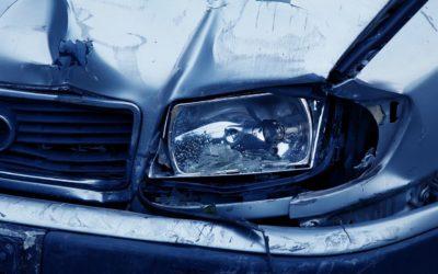 Dader rijdt door na aanrijding: bestaat recht op vergoeding?