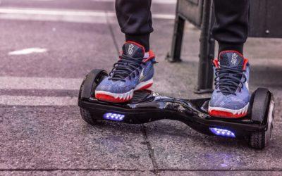 Hoverboard en elektrische step: speelgoed of potentiële aansprakelijkheid?
