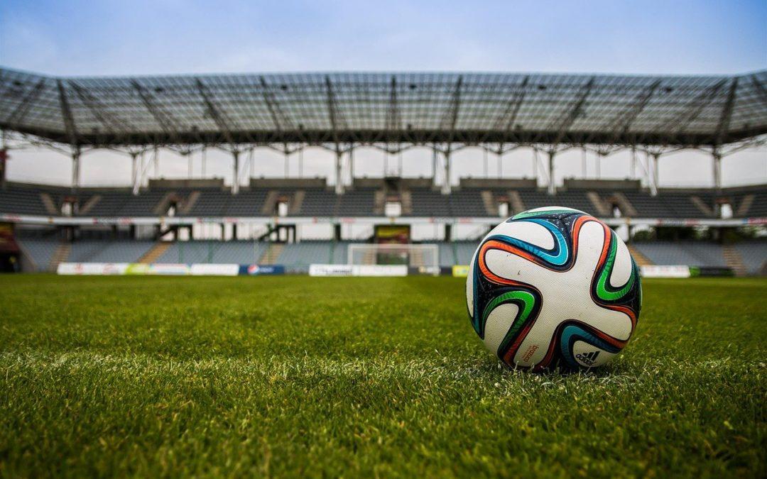 Hersenletsel in het voetbal: koppen erbij houden?